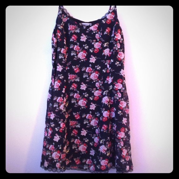 Lucca Couture Dresses & Skirts - Urban Outfitters Floral Dress w/Lace Detail